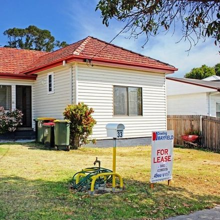 Rent this 1 bed house on Room 4/33 Queen Street