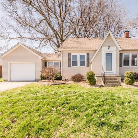 Rent this 3 bed house on 103 Cassens Avenue in Hamel, IL 62046