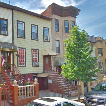 Rent this 7 bed townhouse on 52nd St in Brooklyn, NY