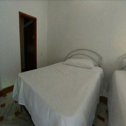 Rent this 1 bed apartment on Centro Comercial Plaza Bocagrande in Avenida Carrera 1, Dique
