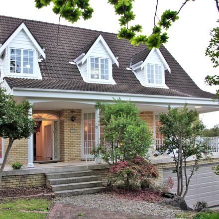 Rent this 5 bed house on 93 Robinson St
