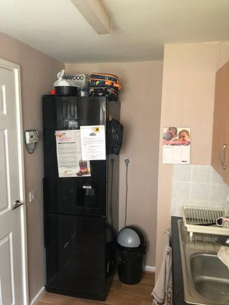 Rent this 2 bed house on Holborn Approach in Leeds LS6 2PD, United Kingdom