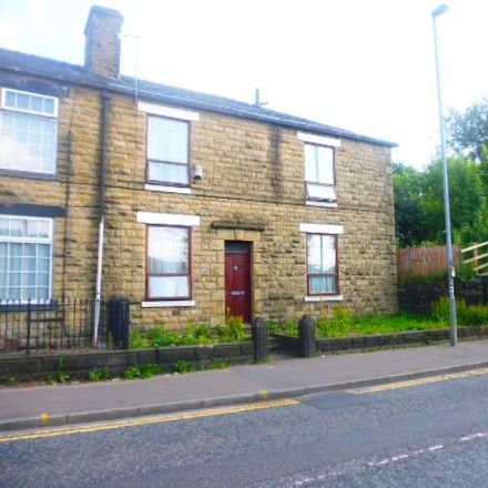 Rent this 3 bed house on Rochdale Honda in Milnrow Road, Rochdale OL16 1UG