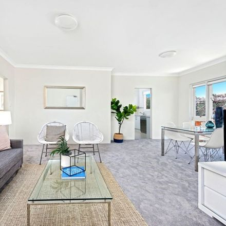 Rent this 3 bed apartment on 7/188 Longueville Road
