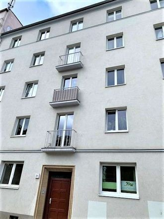 Rent this 3 bed apartment on Leipziger Straße 27 in 39112 Magdeburg, Germany
