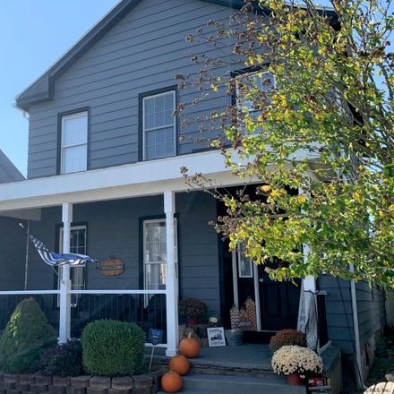 Rent this 3 bed house on 1541 3rd Avenue in City of Watervliet, NY 12189