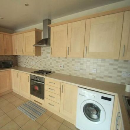 Rent this 2 bed apartment on Holly Street in Luton LU1 3PN, United Kingdom