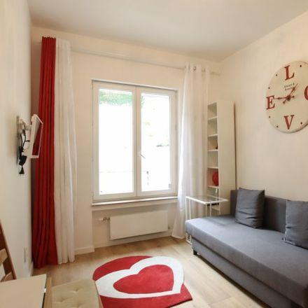 Rent this 1 bed apartment on Avenue Capitaine Piret - Kapitein Piretlaan 26 in 1150 Woluwe-Saint-Pierre - Sint-Pieters-Woluwe, Belgium