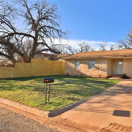 Rent this 3 bed house on 3302 Iris Street in Abilene, TX 79603