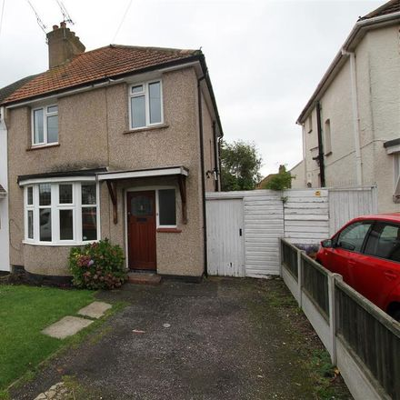 Rent this 3 bed house on Montague Avenue in Leigh on Sea SS9 3SL, United Kingdom