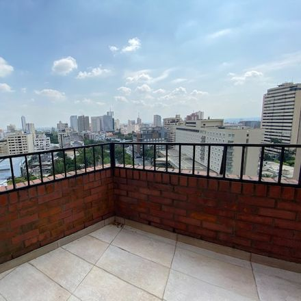Rent this 3 bed apartment on Hertz in Calle 1 Oeste, Comuna 3