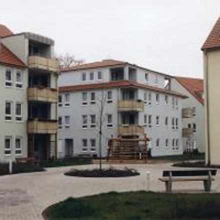 Rent this 3 bed apartment on Nettelbeckufer 35 g in 99089 Erfurt, Germany