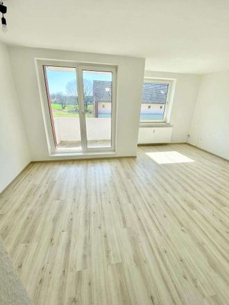 Rent this 3 bed apartment on Hoppenkamp 10 in 27283 Verden, Germany