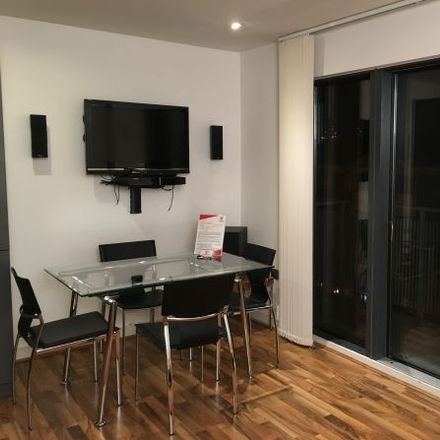 Rent this 3 bed apartment on Kings Quarter Apartments in 170 Copenhagen Street, London N1 0AW