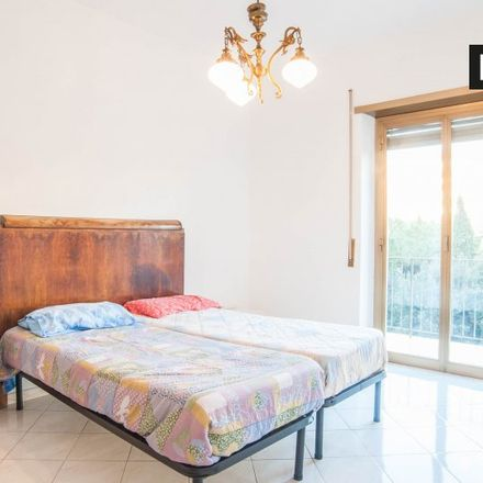 Rent this 4 bed room on Carnezzeria in Via Ponzio Cominio, 43