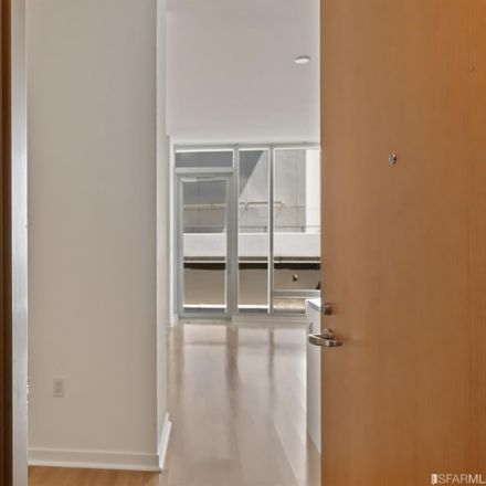 Rent this 3 bed condo on 333 Main Street in San Francisco, CA 94105
