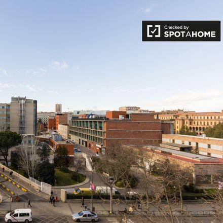 Rent this 1 bed apartment on Hospital General Universitario Gregorio Marañón. in Calle del Doctor Castelo, 28001 Madrid