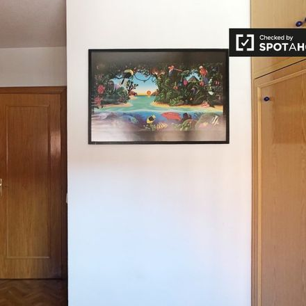 Rent this 2 bed apartment on Calle del Peloponeso in 16, 28017 Madrid