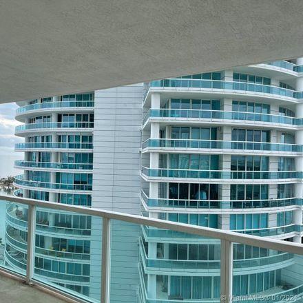 Rent this 1 bed condo on 2101 Brickell Avenue in Miami, FL 33129