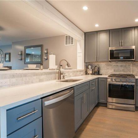 Rent this 2 bed condo on Mallard Way in Peekskill, NY 10566
