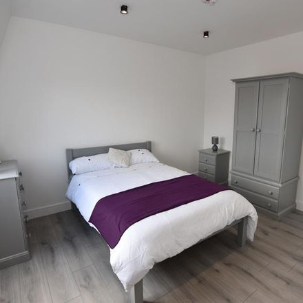 Rent this 1 bed room on Spice Cusine in 39-41 Bromyard Terrace, Worcester WR2 5BW