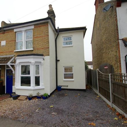 Rent this 3 bed house on Southsea Avenue in Leigh on Sea SS9 2BH, United Kingdom