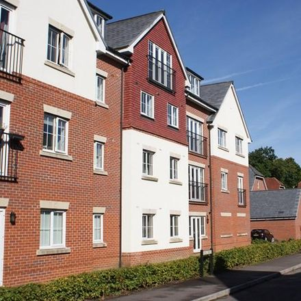 Rent this 2 bed apartment on Royal Drive in Bordon GU35 0QF, United Kingdom