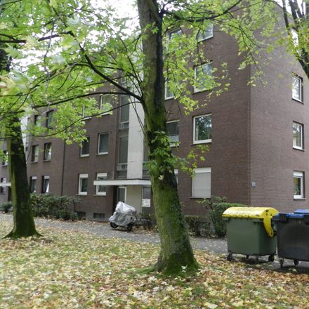 Rent this 2 bed apartment on Ottostraße 33 in 47198 Duisburg, Germany