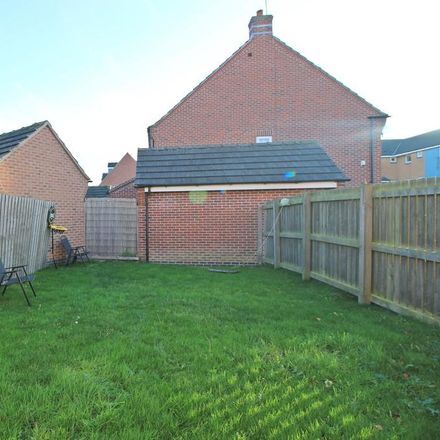 Rent this 3 bed house on Pickering Grange in Brough HU15 1GY, United Kingdom