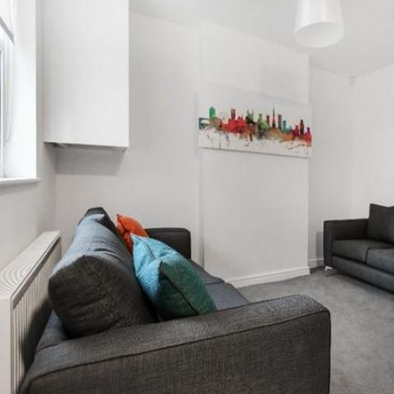 Rent this 5 bed apartment on Kensal Avenue in Bristol BS3 4QY, United Kingdom