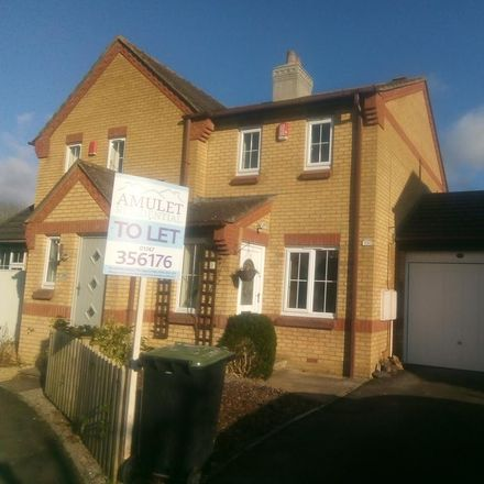Rent this 2 bed house on Willow Way in Motcombe SP7 9QH, United Kingdom