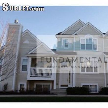 Rent this 3 bed townhouse on 572 Lincoln Station Drive in Oswego, IL 60543