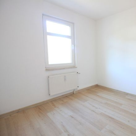 Rent this 2 bed apartment on Untere Hauptstraße 14 in 09228 Chemnitz, Germany