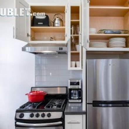 Rent this 2 bed apartment on 934 Jones Street in San Francisco, CA 94109