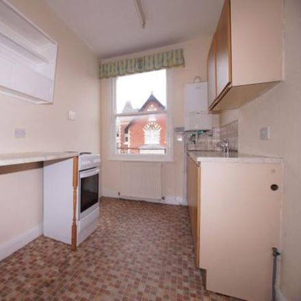 Rent this 2 bed apartment on Ristorante Pizeria in Filey Road, Scarborough YO11 2SD