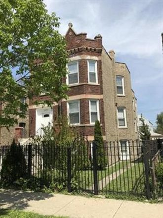 Rent this 3 bed apartment on 2055 North Keystone Avenue in Chicago, IL 60639