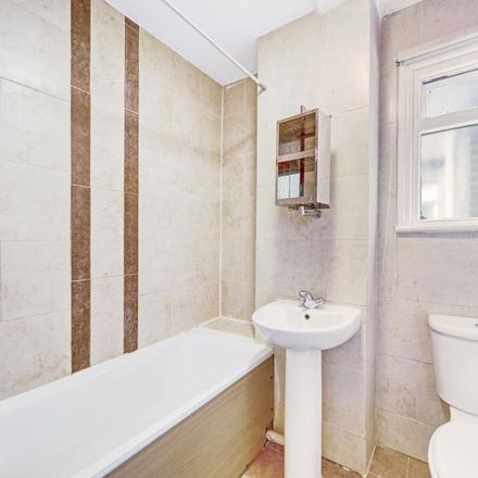 Rent this 2 bed apartment on Café Rossio in Harrow Road, London NW10 5BG