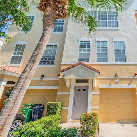 Rent this 3 bed townhouse on 3166 Bayshore Oaks Drive in Tampa, FL 33611