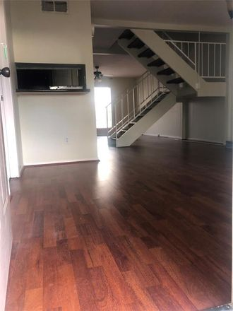 Rent this 3 bed condo on 4295 Young Street in Pasadena, TX 77504