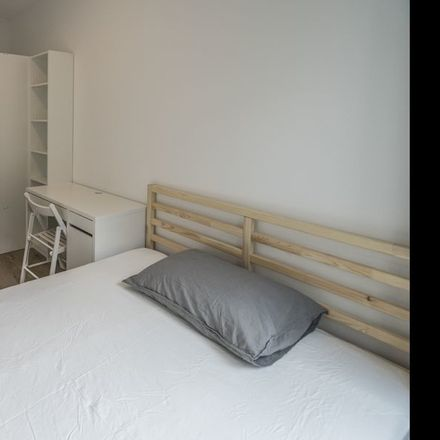 Rent this 3 bed room on Karel Appelhof 82 in 1112 XH Diemen, Países Bajos