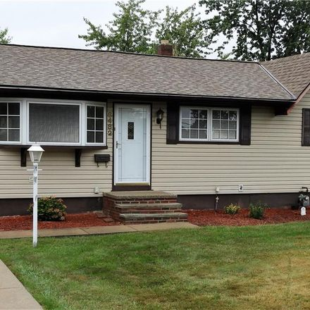 Rent this 3 bed house on 6482 Sandhurst Drive in Brook Park, OH 44142