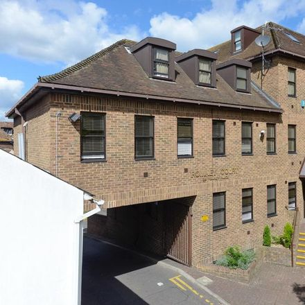 Rent this 2 bed apartment on The Mall in Lower Stone Street, Maidstone ME15 6JX
