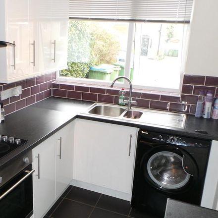 Rent this 5 bed room on Blackbrook Road in Fareham PO15 5DJ, United Kingdom