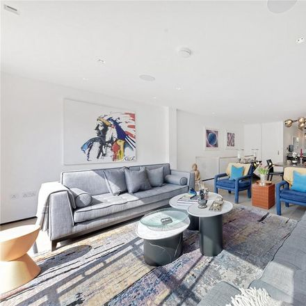 Rent this 4 bed house on 7 Phillimore Gardens in London W8 7QE, United Kingdom