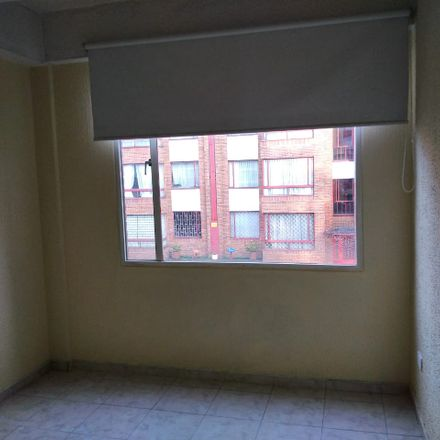 Rent this 3 bed apartment on Torres La Guaca Etapa V in Calle 17 Sur, Localidad Puente Aranda