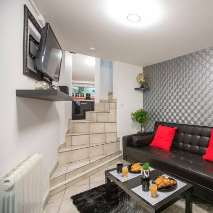 Rent this 1 bed apartment on 310 Boulevard Jean Jaurès in 76000 Rouen, France
