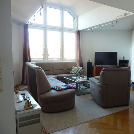 Rent this 5 bed apartment on 53340 Meckenheim