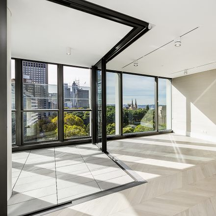 Rent this 3 bed apartment on 130 Elizabeth St
