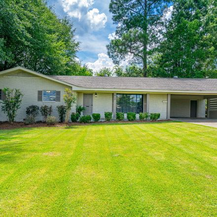 Rent this 3 bed house on 413 South 31st Avenue in Hattiesburg, MS 39401