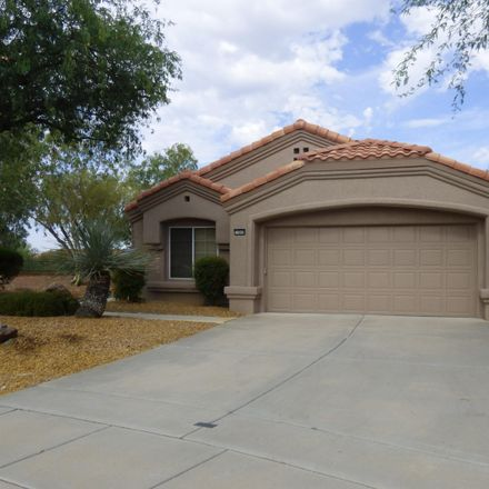 Rent this 2 bed house on 14049 North Desert Butte Drive in Oro Valley, AZ 85755